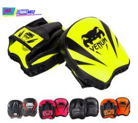 VENUM ELITE MINI FOCUS PUNCH MITTS  MUAY-THAI BOXING TRAINING
